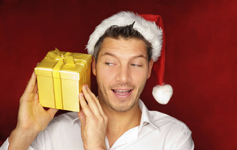 What gifts will men get this Christmas?